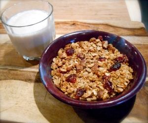 Healthy Maple Granola